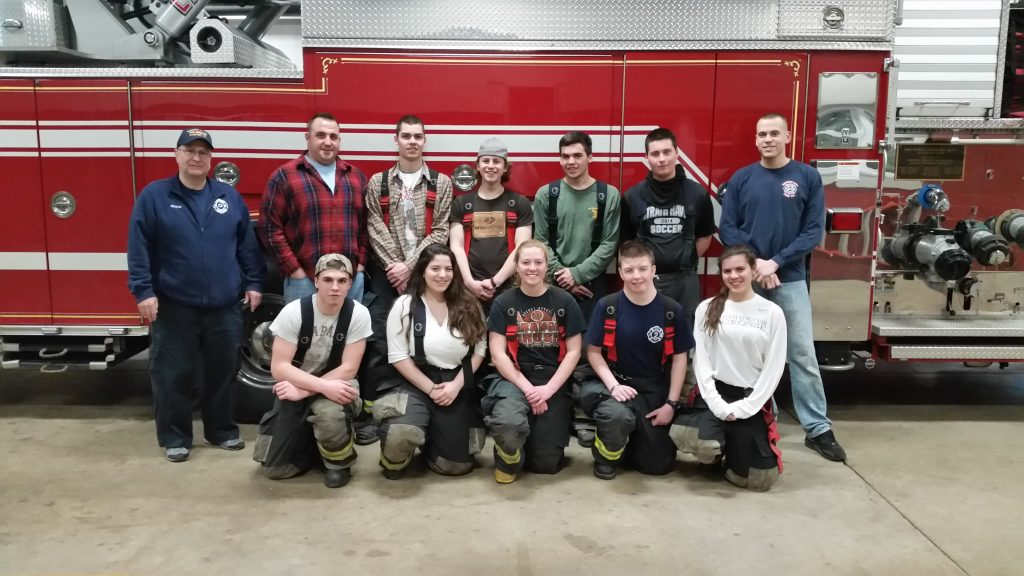 JUNIORS COMPLETE SCBA TRAINING